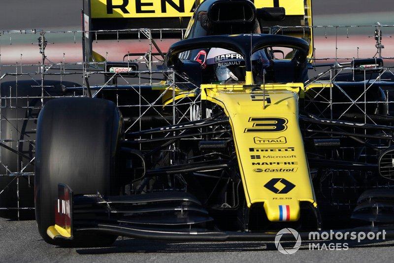 Daniel Ricciardo, Renault F1 Team R.S. 19 with aero sensors