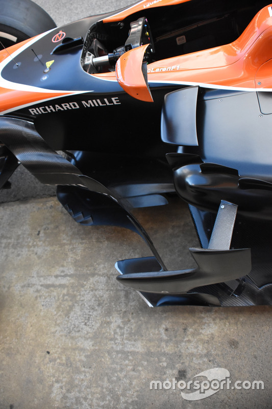 McLaren MCL32, фрагмент