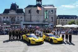 #64 Corvette Racing Corvette C7.R: Oliver Gavin, Tommy Milner, Marcel Fassler, #63 Corvette Racing Corvette C7.R: Jan Magnussen, Antonio Garcia, Jordan Taylor