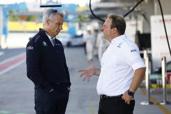 Jens Marquardt, BMW Motorsport Director y Ullrich Fritz, director del equipo Mercedes-AMG HWA
