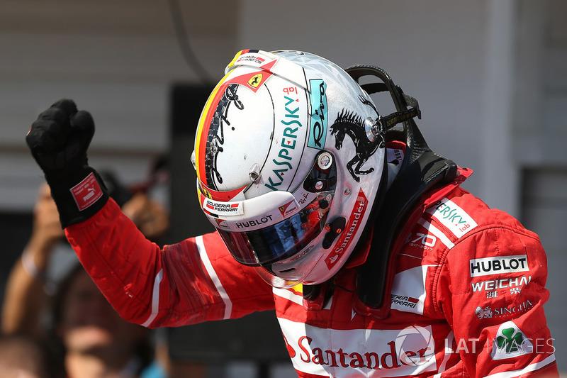 Ganador de la carrera Sebastian Vettel, Ferrari