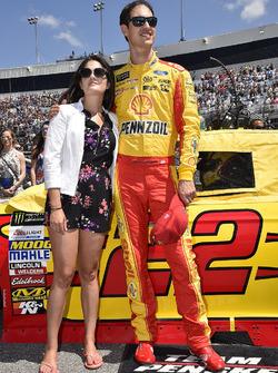 Joey Logano, Team Penske, Ford, mit Ehefrau Brittany