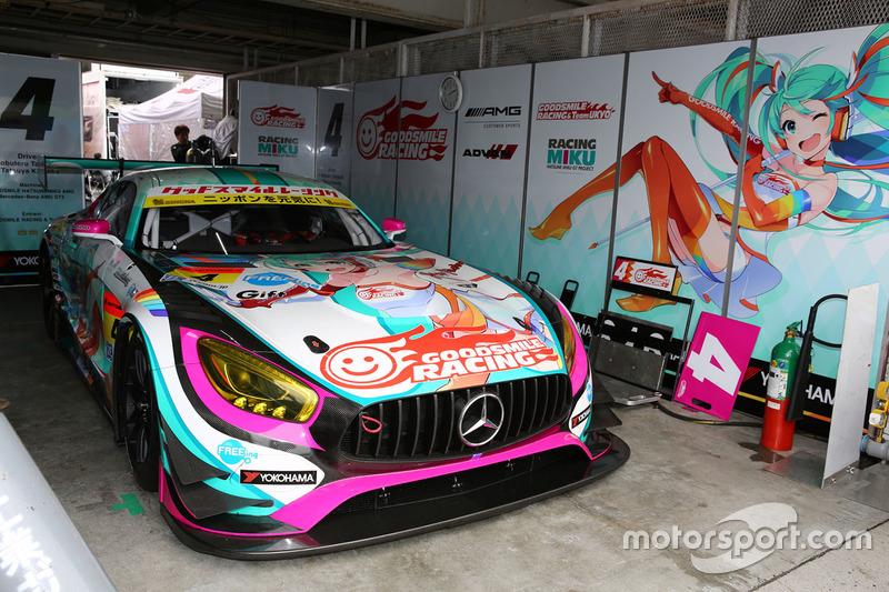 #4 Goodsmile Racing & Team Ukyo Mercedes SLS AMG GT3: Nobuteru Taniguchi, Tatsuya Kataoka