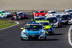 Start zum Rennen, Josh Files, Target Competition, Honda Civic TCR führt