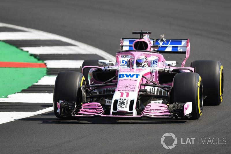 Sergio Perez, Force India VJM11 colisiona con un pájaro