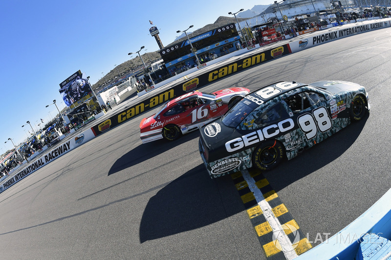 Casey Mears, Biagi-DenBeste Racing Ford, Ryan Reed, Roush Fenway Racing Ford