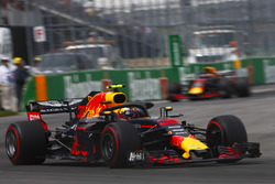 Max Verstappen, Red Bull Racing RB14, leads Daniel Ricciardo, Red Bull Racing RB14