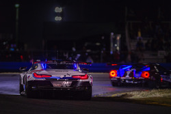 #24 BMW Team RLL BMW M8, GTLM: Джон Едвардс, Джессі Крон, Нікі Катсбург, Аугусто Фарфус