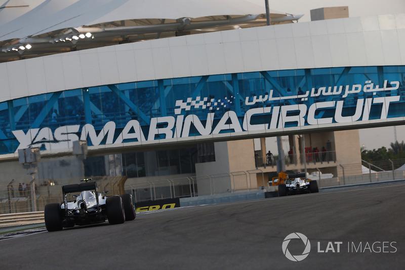 Hay dos zonas de DRS, entre las curvas 7 y 8 y entre el 10 y 11. Aún así, Abu Dhabi no es prueba de famosa por adelantamientos.