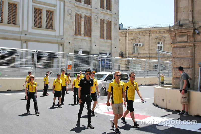 Esteban Ocon, Renault Sport F1 y Kevin Magnussen, Renault Sport F1 Team