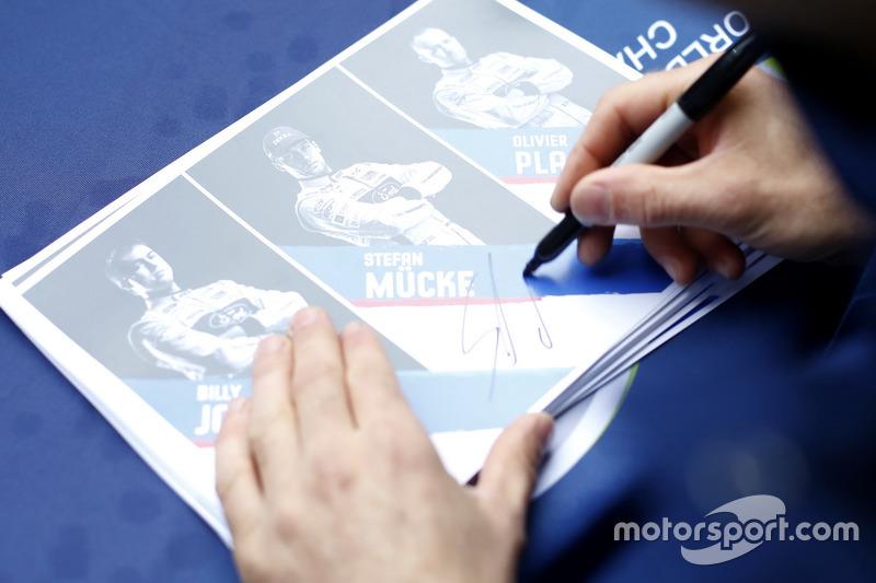Листівки з автографами, #66 Ford Chip Ganassi Racing Ford GT: Олів'є Пла, Стефан Мюке, Біллі Джонсон