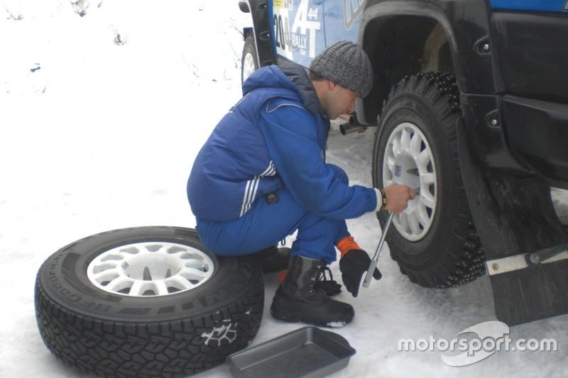 Перевзування в спортінвий шип, Тойота, Леонід Полійчук та Андрій Солопов