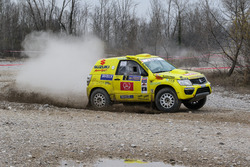Lorenzo Codecà, Matteo Lorenzi, Suzuki Grand Vitara 3.6 V6 T1