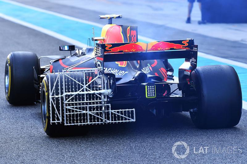 Max Verstappen, Red Bull Racing RB13 aero sensörü ile