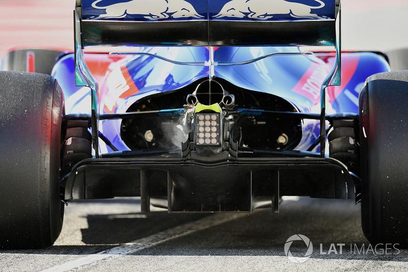 Brendon Hartley, Scuderia Toro Rosso STR13 rear diffuser detail