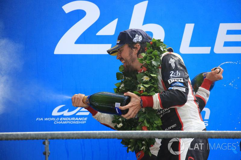 Overall podium: winner Fernando Alonso, Toyota Gazoo Racing