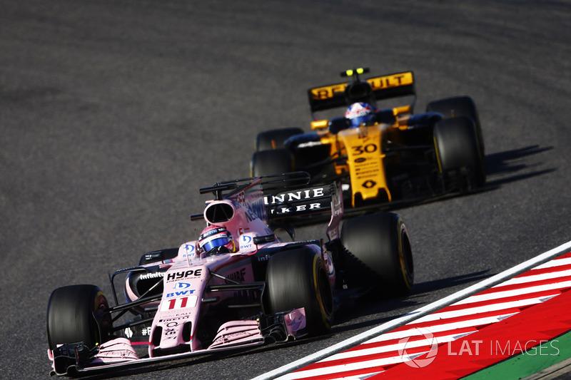 Sergio Perez, Sahara Force India F1 VJM10, Jolyon Palmer, Renault Sport F1 Team RS17