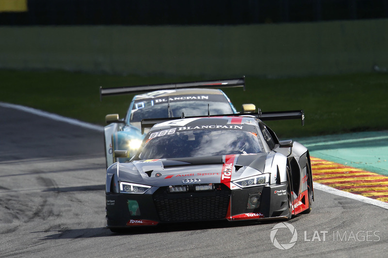 #2 Audi Sport Team WRT Audi R8 LMS: Коннор де Філіппі, Крістофер Міс, Фредерік Вервіш