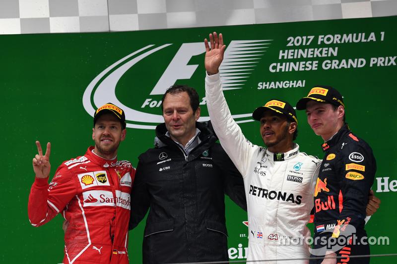 Podium: second place Sebastian Vettel, Ferrari, Aldo Costa, Mercedes AMG F1 Engineering Director, Race winner Lewis Hamilton, Mercedes AMG F1, third place Max Verstappen, Red Bull Racing