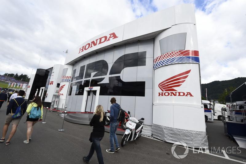 Територія Honda Racing