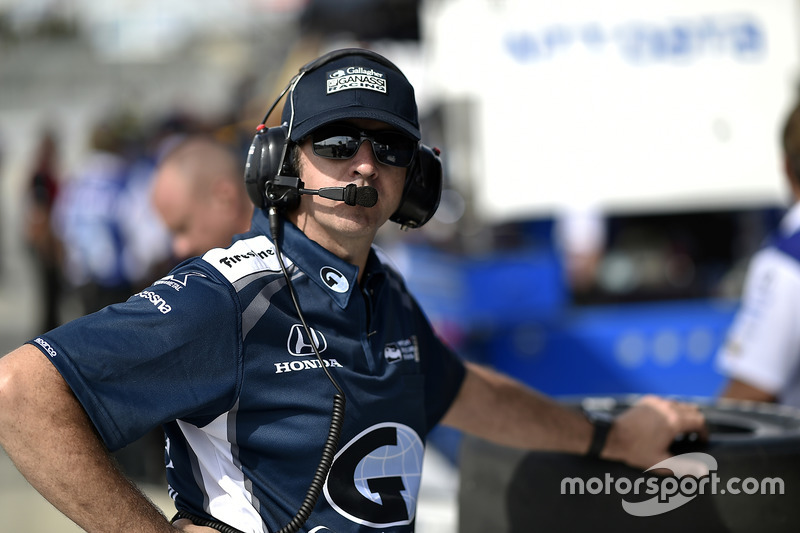 Max Chilton, Chip Ganassi Racing Honda crew chief Jamie Coates