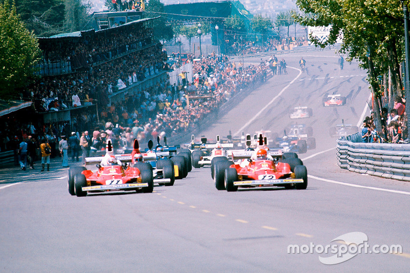 Niki Lauda leads away with teammate Clay Regazzoni, both Ferrari 312T's, and Mario Andretti, Parnelli VPJ4 Ford, at the start