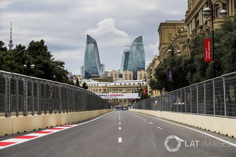 Blick auf die Strecke in Baku