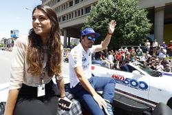 Fernando Alonso, Andretti Autosport Honda, et sa compagne Linda Morselli
