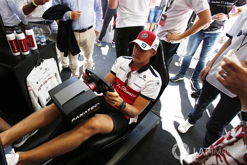 Marcus Ericsson, Sauber menjajal simulator