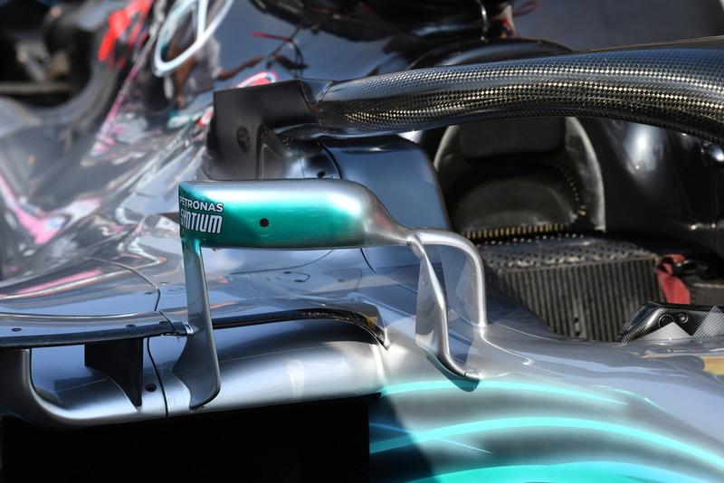 Espejo del Mercedes AMG F1 W09
