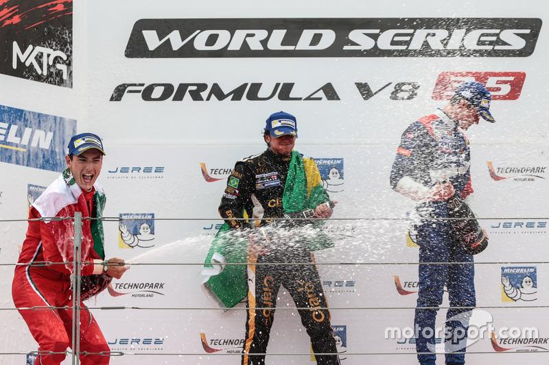 Podium: Ganaddor, Podium: Pietro Fittipaldi, Lotus , segundo, Podium: Alfonso Celis Jr., Fortec Moto