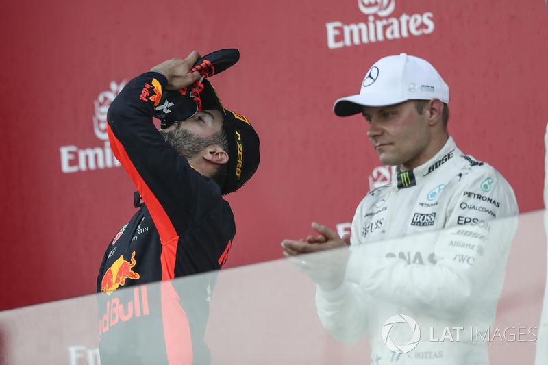 1. Daniel Ricciardo, Red Bull Racing, Valtteri Bottas, Mercedes AMG F1