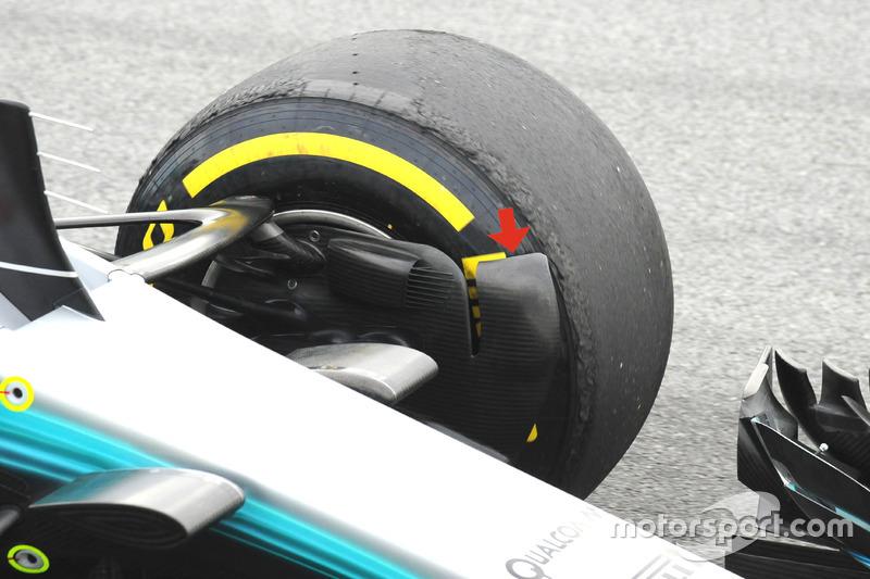 Mercedes F1 AMG W08, передній гальмівний повітропровід