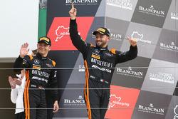 Race winnaars Franck Perera, Maximilian Buhk