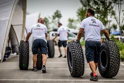 Mechanics of Peugeot Sport