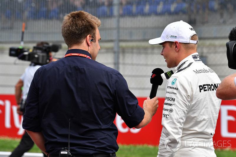Davide Valsecchi, Sky Italien, Valtteri Bottas, Mercedes AMG F1