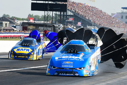 John Force, Ron Capps
