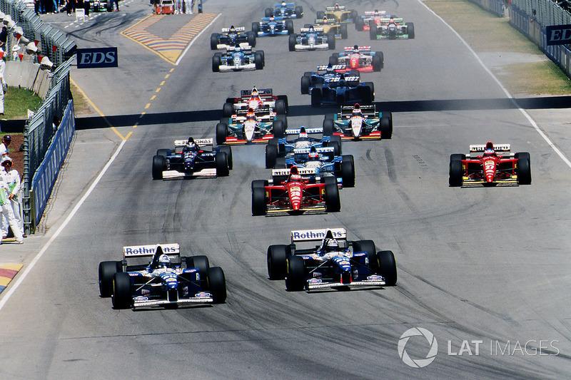 Em 12 de novembro de 1995, o GP da Austrália foi realizado pela última vez em Adelaide antes de se mudar para Melbourne. A corrida do domingo teve 210 mil espectadores marcando um novo recorde.