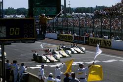 Audi-Dreifachsieg bei den 24h Le Mans 2000