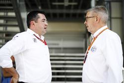 Eric Boullier, Racing Director con Ross Brawn
