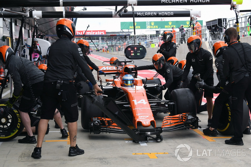Fernando Alonso, McLaren MCL32 pit stop  Formula One World Championship, Rd10, British Grand Prix, Practice, Silverstone, England, Friday 14 July 2017.