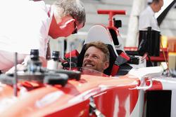 Jenson Button, McLaren, çift koltuklu F1 demo aracında
