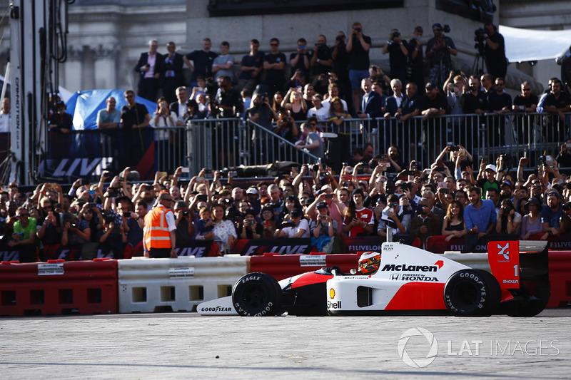 Stoffel Vandoorne, McLaren, en el 1991 McLaren MP4/6