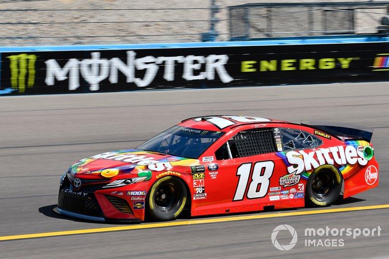 1. Kyle Busch, Joe Gibbs Racing, Toyota Camry