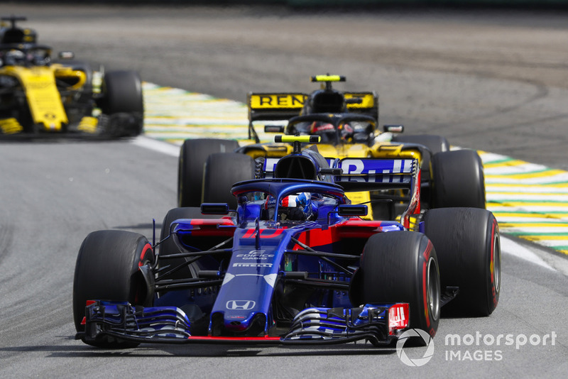 Pierre Gasly, Scuderia Toro Rosso STR13, Carlos Sainz Jr., Renault Sport F1 Team R.S. 18, Nico Hulkenberg, Renault Sport F1 Team R.S. 18