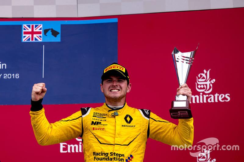 Подіум: третє місце - Олівер Роуленд, MP Motorsport