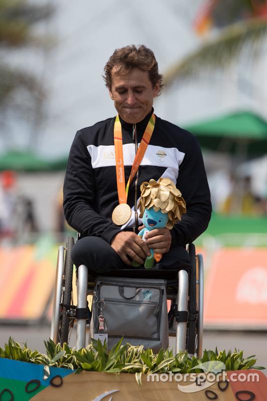 Gold für Alex Zanardi