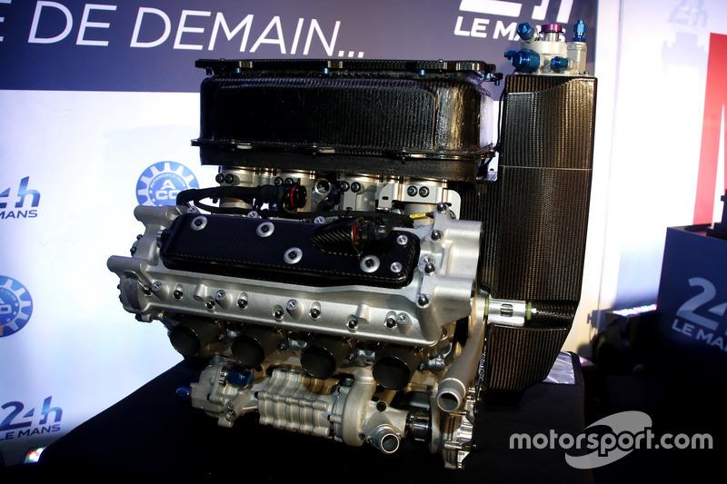 Прес-конференція ACO: двигун Gibson V8