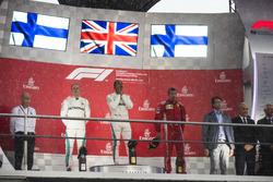 Podio: segundo lugar Valtteri Bottas, Mercedes AMG F1, ganador de la carrera Lewis Hamilton, Mercedes AMG F1, tercer puesto Kimi Raikkonen, Ferrari