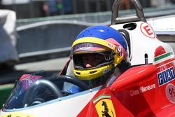 Jacques Villeneuve, pilote la Ferrari 312T3 de son père, vainqueur du GP du Canada 1978